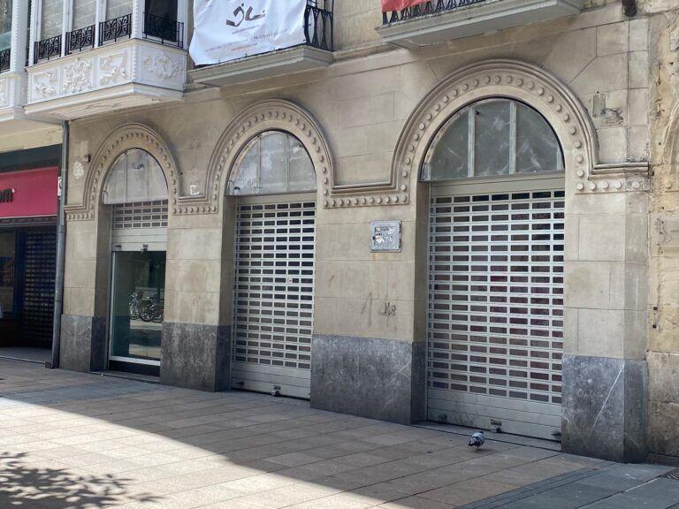 """PP Vitoria pide """"no cobrar a más de 11.000 tiendas, hoteles, cines y oficinas la tasa de basuras"""" porque necesitan """"más apoyo económico en esta pandemia"""""""